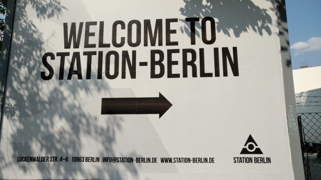 Billboard to Station Berlin