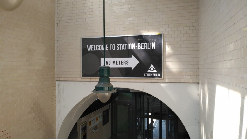 Sign to Station Berlin